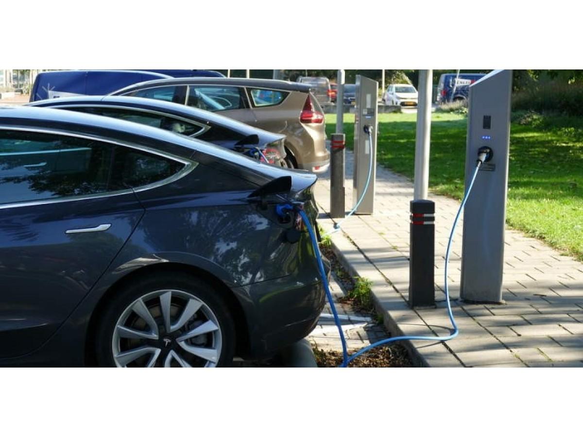 Литий-ионные батареи для электромобилей