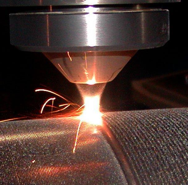 Лазерная сварка металла фото