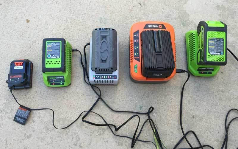Зарядные устройства для Li-Ion аккумуляторов фото