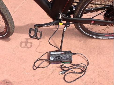 правильная зарядка акб для электровелосипеда фото